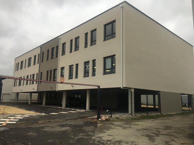 Rental office Salaise-sur-sanne 4500€ HC - Picture 1