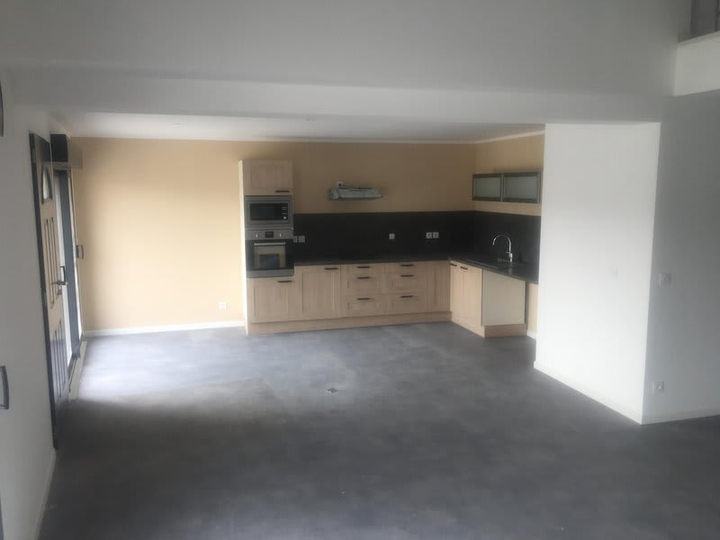 Sale house / villa Anneyron 250000€ - Picture 1