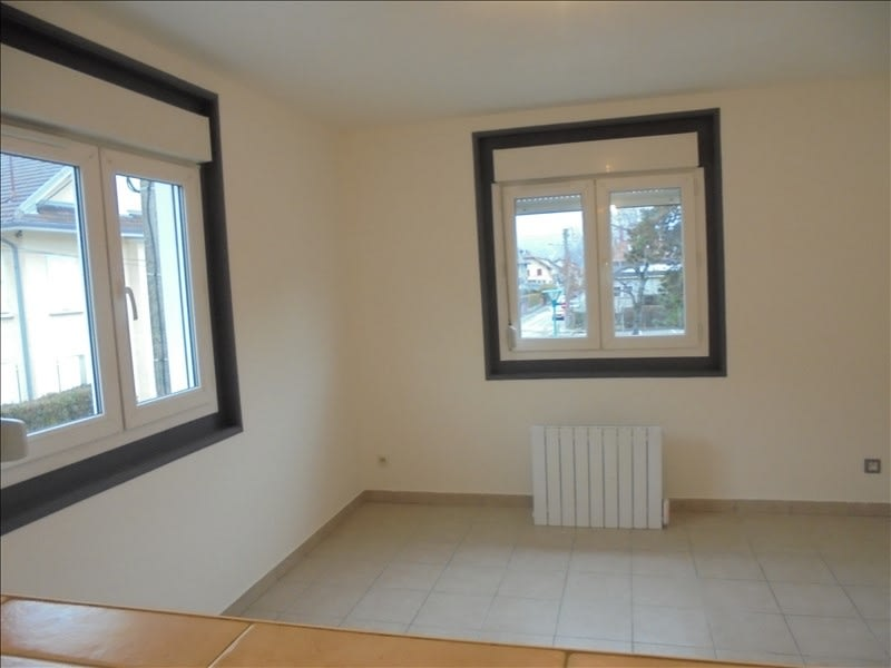 Rental apartment Cluses 656€ CC - Picture 3