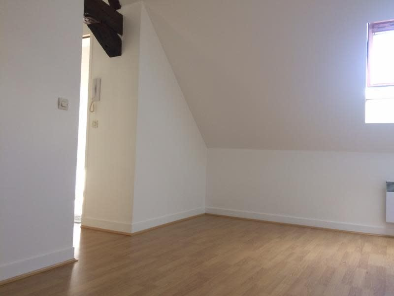 Location appartement Orsay 544€ CC - Photo 3