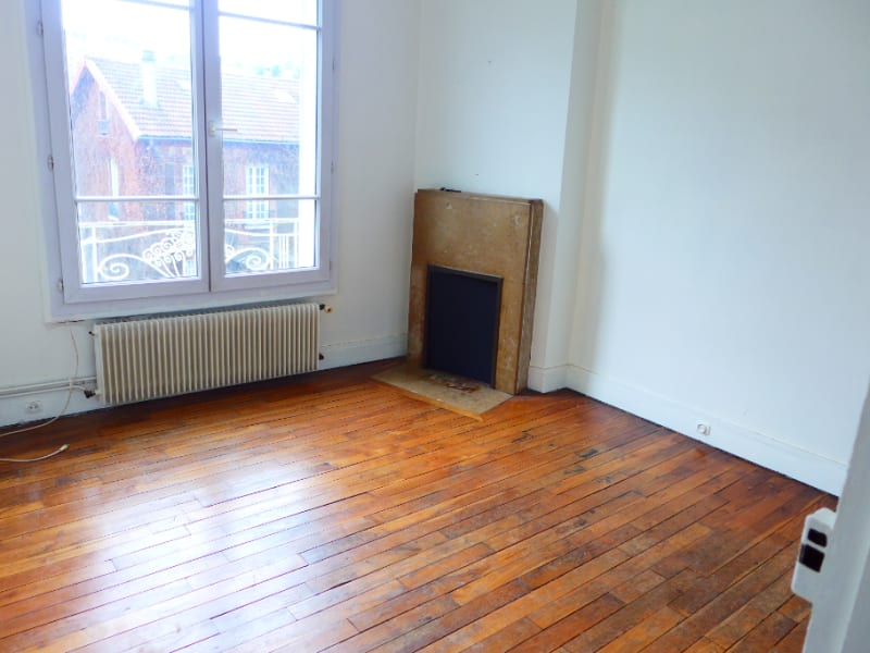 Rental apartment Suresnes 710€ CC - Picture 2