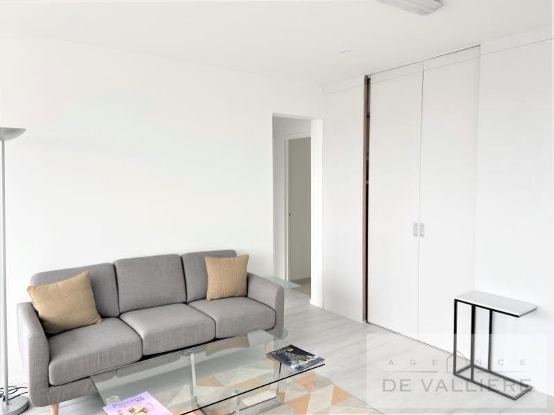 Sale apartment Puteaux 330000€ - Picture 3