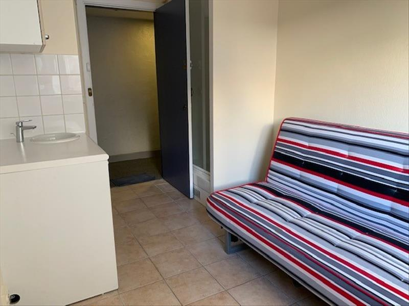 Location appartement Paris 17ème 520€ CC - Photo 2