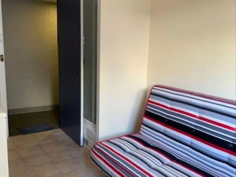 Location appartement Paris 17ème 520€ CC - Photo 3