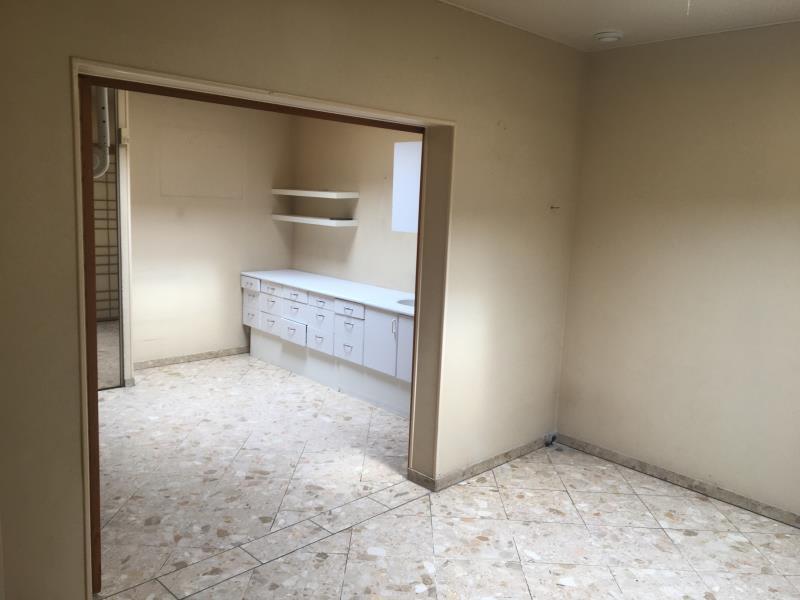 Sale empty room/storage Beauchamp 840000€ - Picture 2