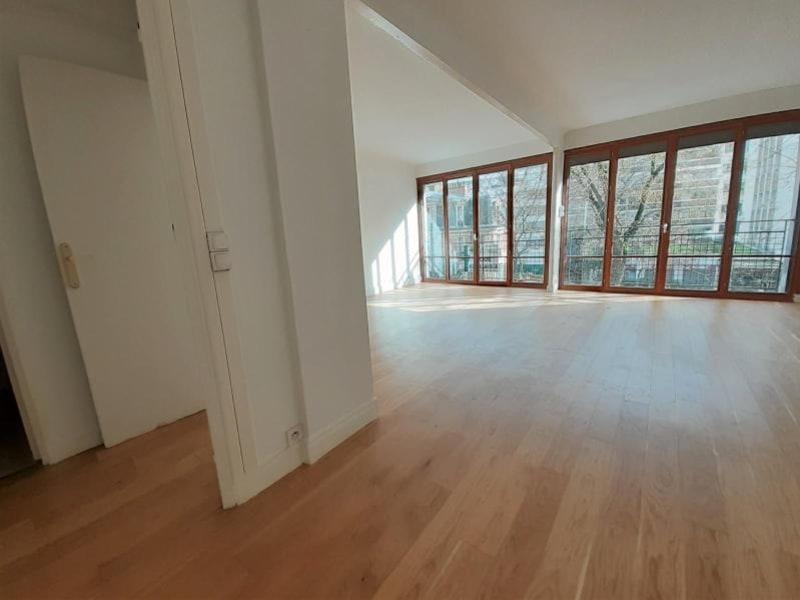 Location appartement Paris 16ème 2290€ CC - Photo 6
