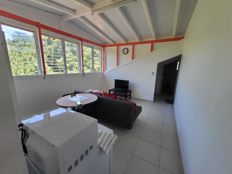 Location appartement Saint joseph 620€ CC - Photo 2