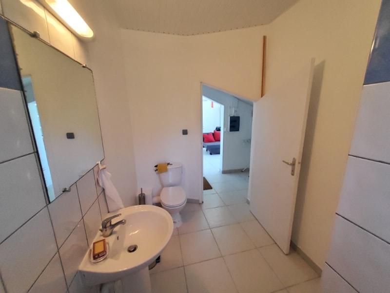 Location appartement Saint joseph 620€ CC - Photo 9