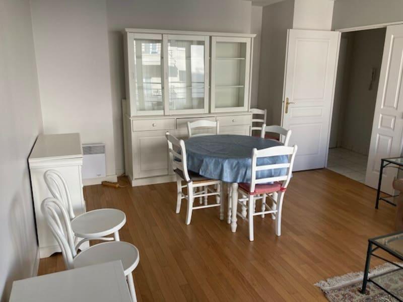 Rental apartment Courbevoie 1170€ CC - Picture 2