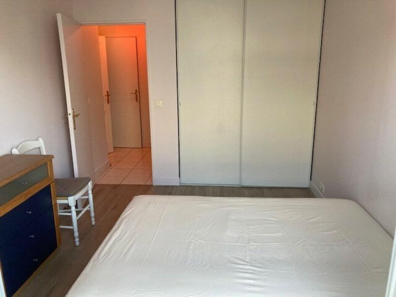 Rental apartment Courbevoie 1170€ CC - Picture 6
