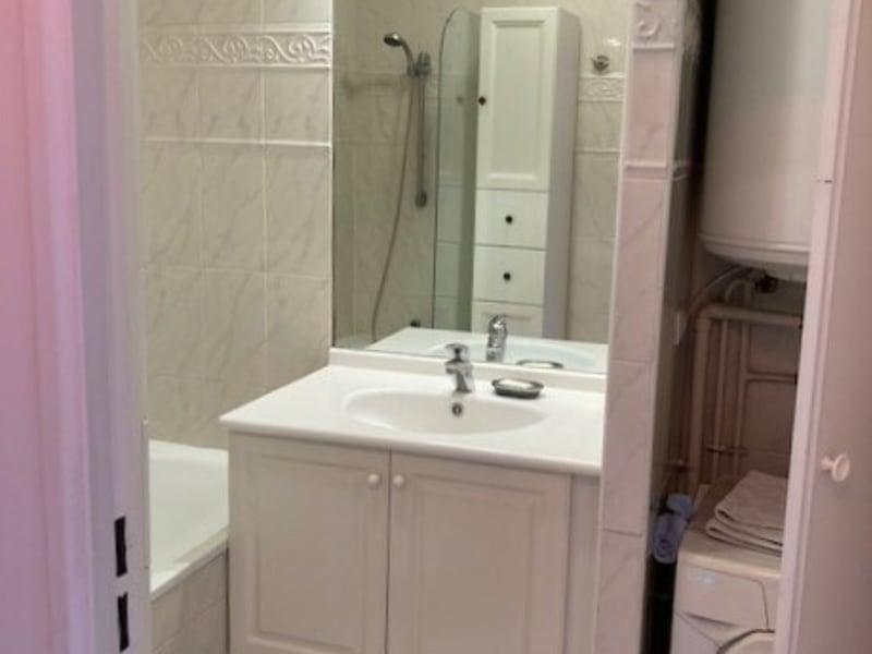Rental apartment Courbevoie 1170€ CC - Picture 9
