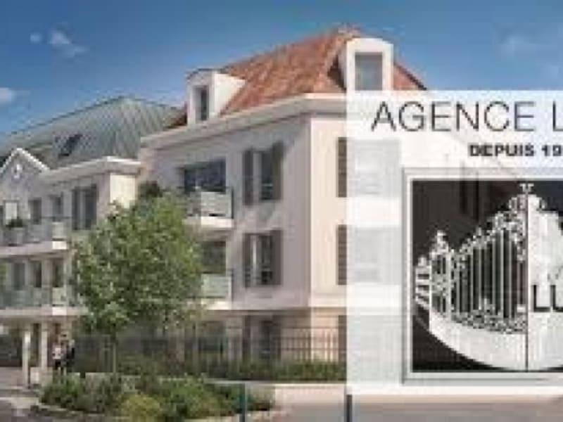Location appartement Villemomble 1195€ CC - Photo 1