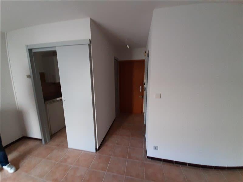Rental apartment Carcassonne 320€ CC - Picture 4