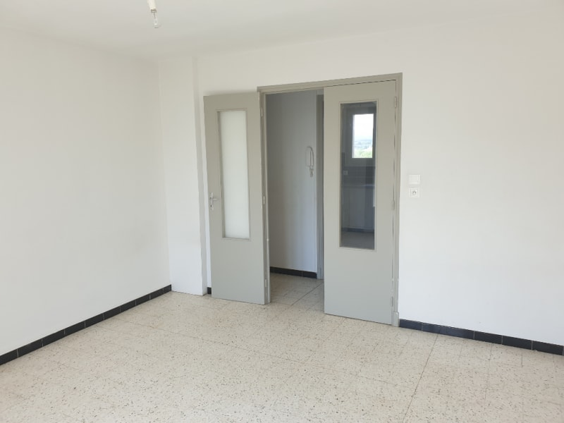 Location appartement Carcassonne 527,67€ CC - Photo 3