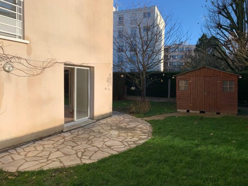 Sale apartment Bois d arcy 270000€ - Picture 3