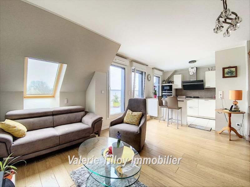 Sale apartment Bruz 377775€ - Picture 5