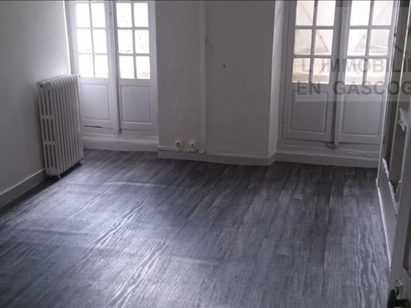 Rental apartment Auch 403€ CC - Picture 1