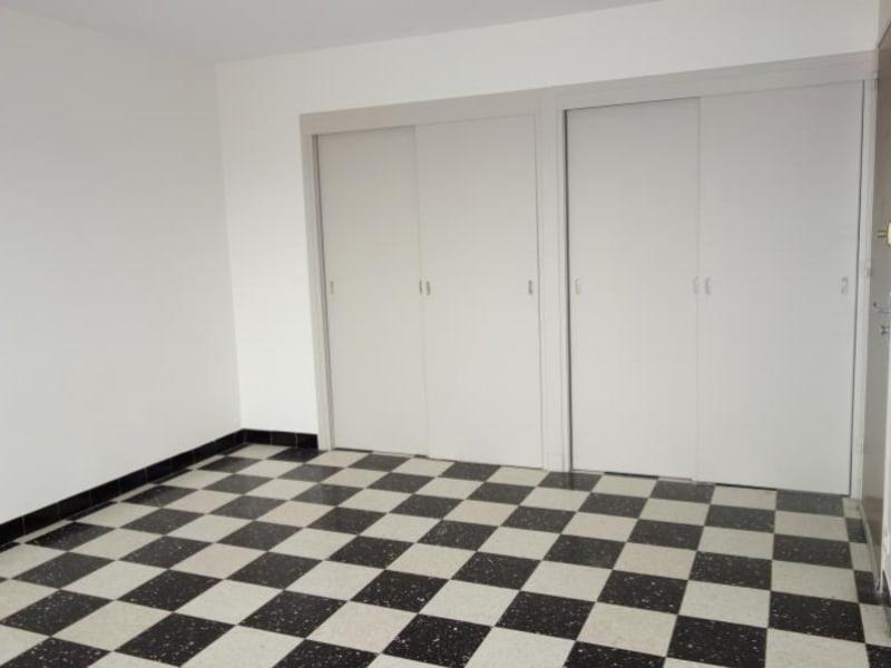 Rental apartment Roanne 300€ CC - Picture 2