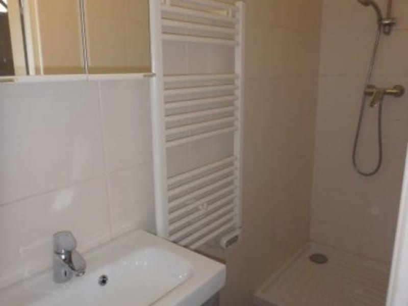 Location appartement Viroflay 660€ CC - Photo 4