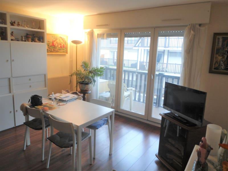Sale apartment Deauville 299000€ - Picture 3