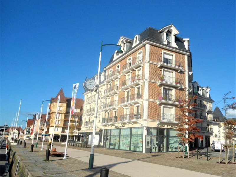 Deluxe sale apartment Deauville 1 990 000€ - Picture 1