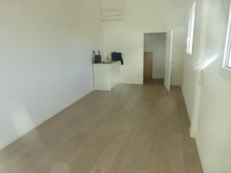 Rental office St maximin la ste baume 550€ HC - Picture 2