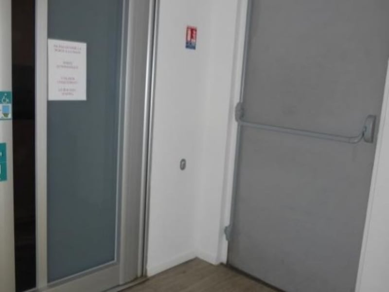 Rental office St maximin la ste baume 550€ HC - Picture 4