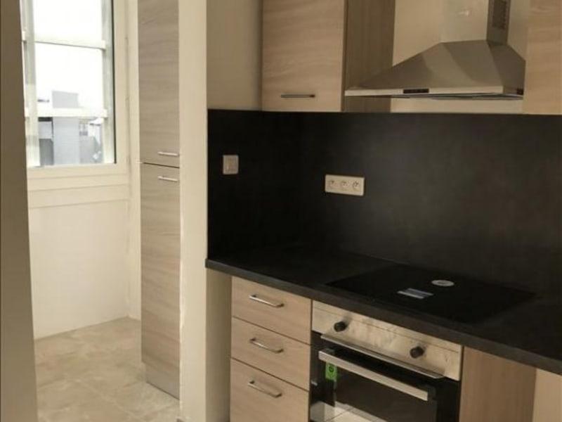 Rental apartment Toulon 740€ CC - Picture 2