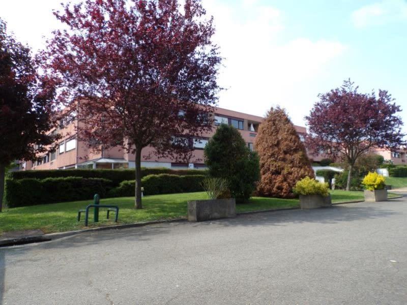 Alquiler  apartamento Guyancourt 770€ CC - Fotografía 1
