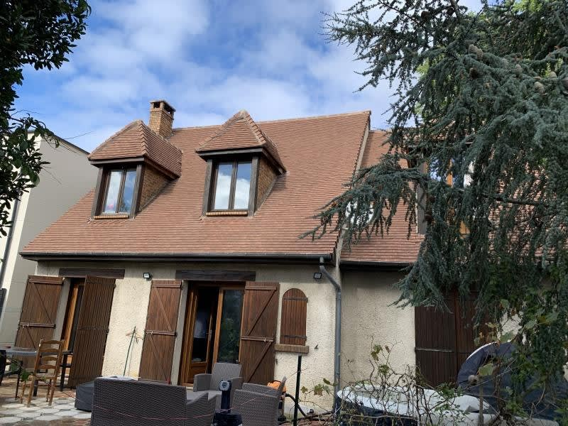 Sale house / villa Athis mons 376 000€ - Picture 1