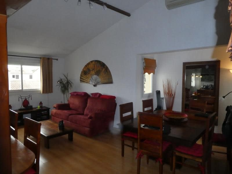 Sale apartment Vitrolles 212000€ - Picture 1