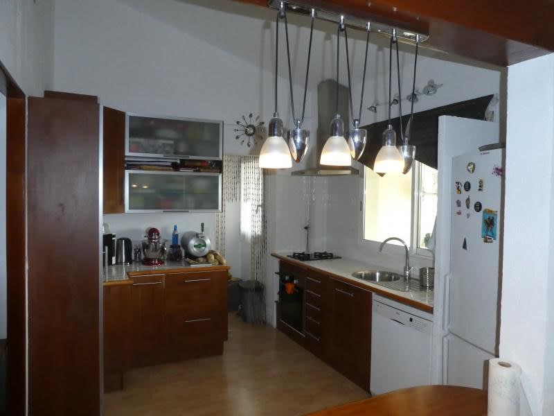 Sale apartment Vitrolles 212000€ - Picture 2