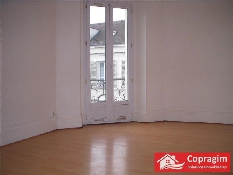 Location appartement Montereau fault yonne 490€ CC - Photo 1