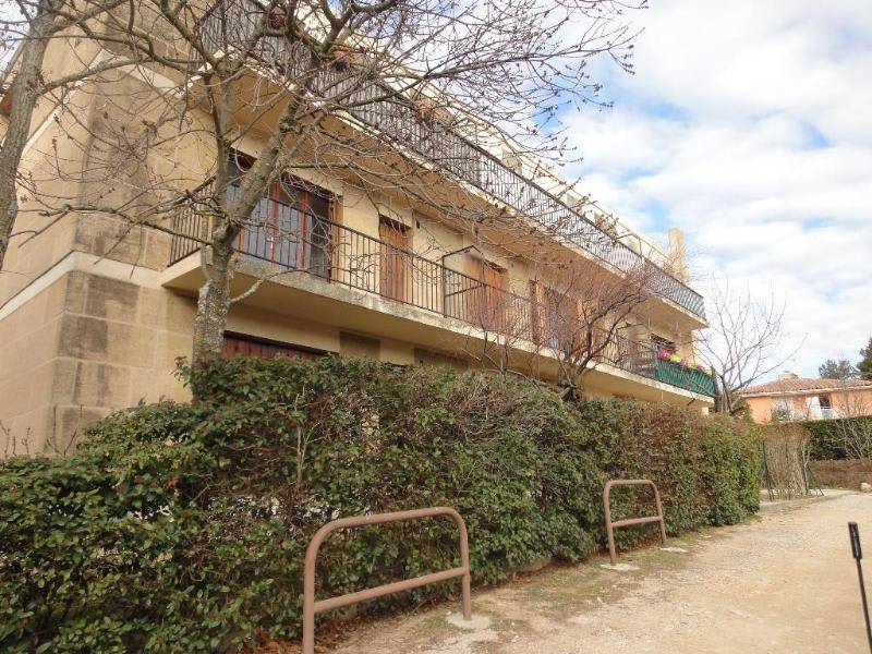 Location appartement Aix en provence 837€ CC - Photo 1