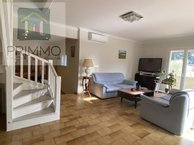 Sale house / villa Cheval blanc 625000€ - Picture 5