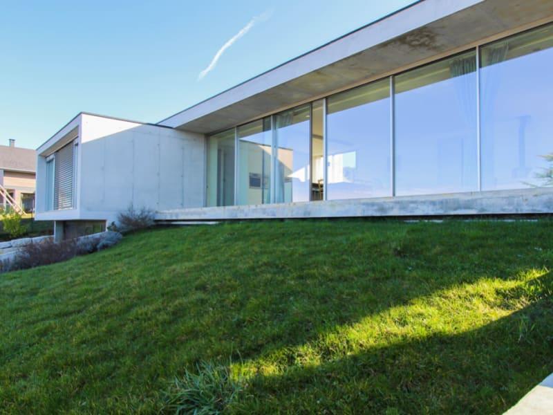 Maison d'architecte - style contemporain - toiture végétalisée -