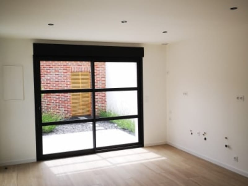 Rental empty room/storage Longuenesse 650€ CC - Picture 3