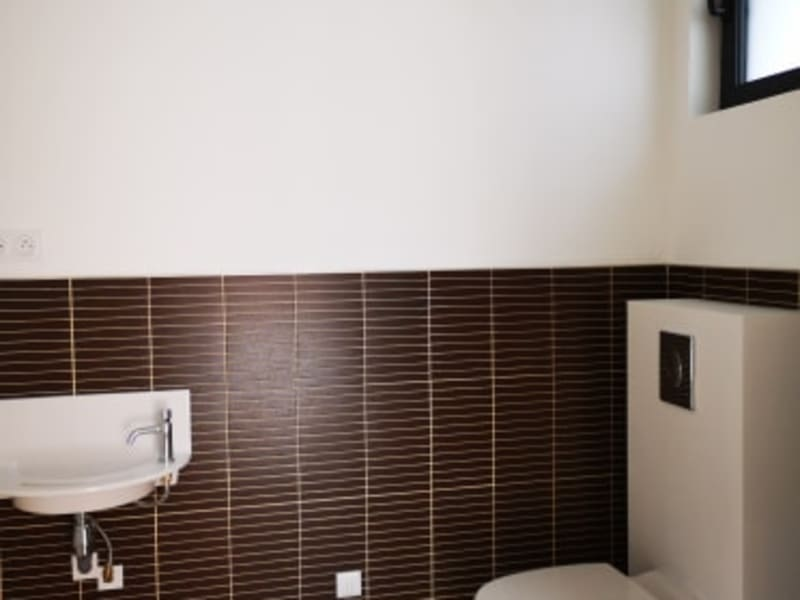 Rental empty room/storage Longuenesse 650€ CC - Picture 6