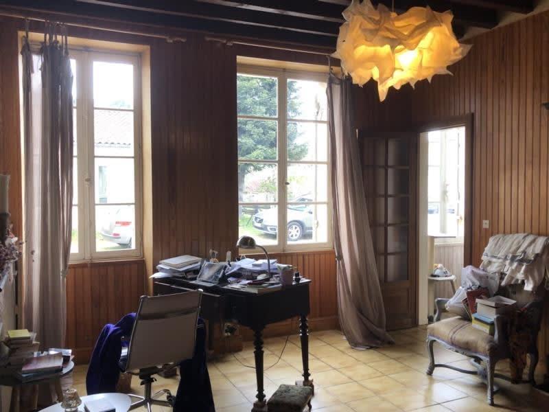 Sale house / villa Lamarque 208000€ - Picture 6