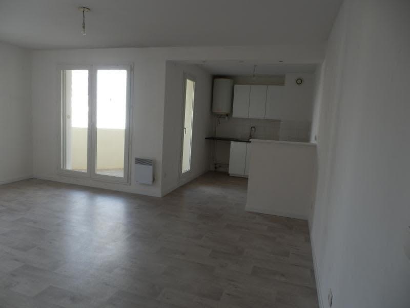 Rental apartment Toulon 578€ CC - Picture 1