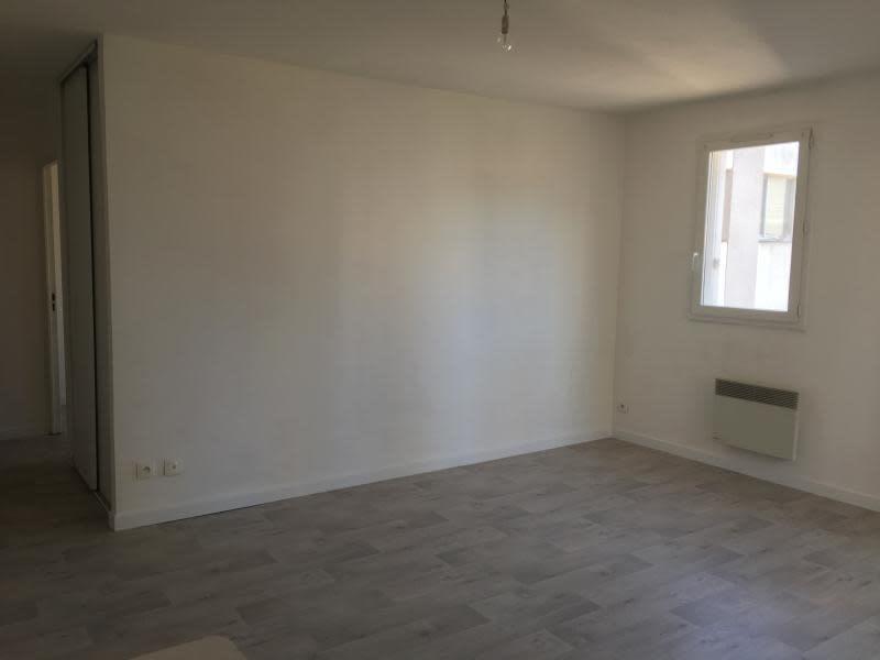 Rental apartment Toulon 578€ CC - Picture 3