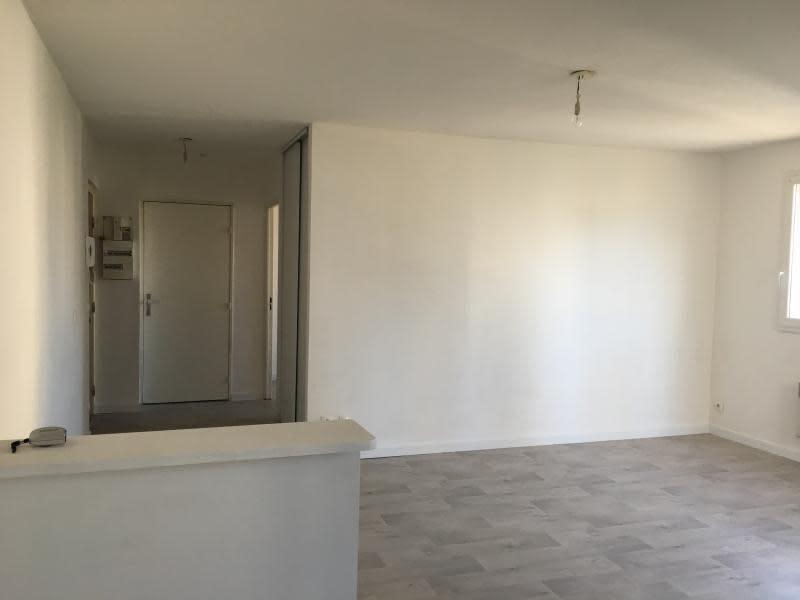 Rental apartment Toulon 578€ CC - Picture 4