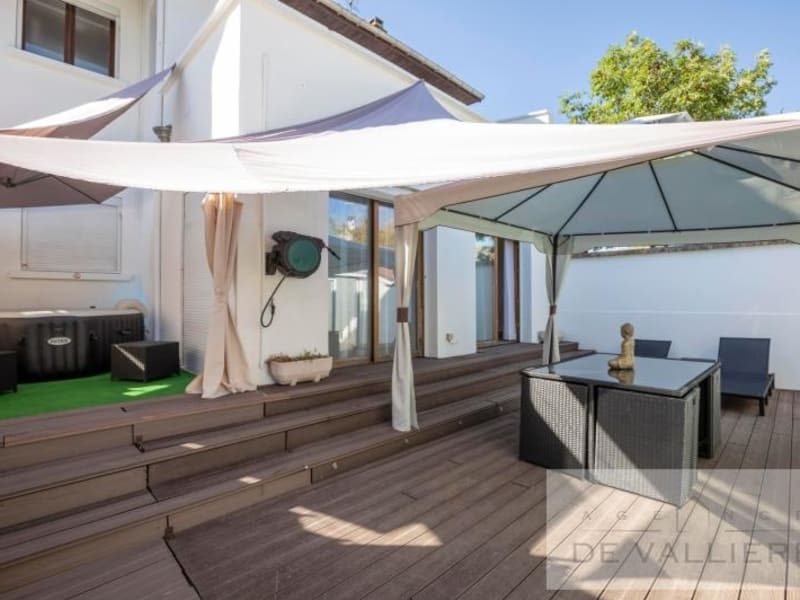 Deluxe sale house / villa Beauchamp 699000€ - Picture 7