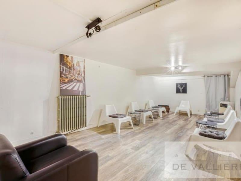 Deluxe sale house / villa Beauchamp 699000€ - Picture 16