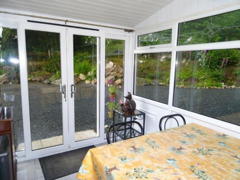 Sale house / villa Plougonver 128400€ - Picture 5