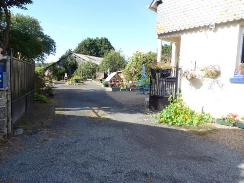Sale house / villa Plourac h 117700€ - Picture 12