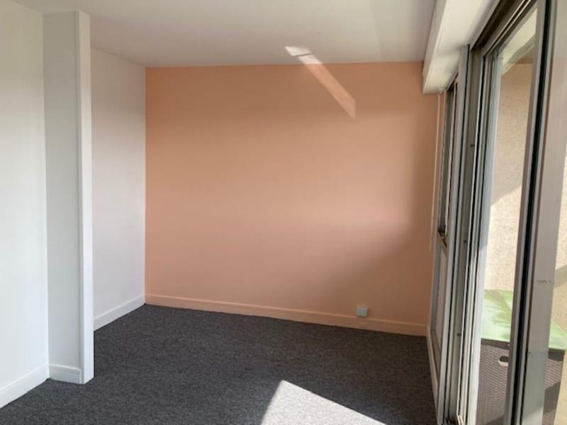 Rental apartment Courbevoie 690€ CC - Picture 3