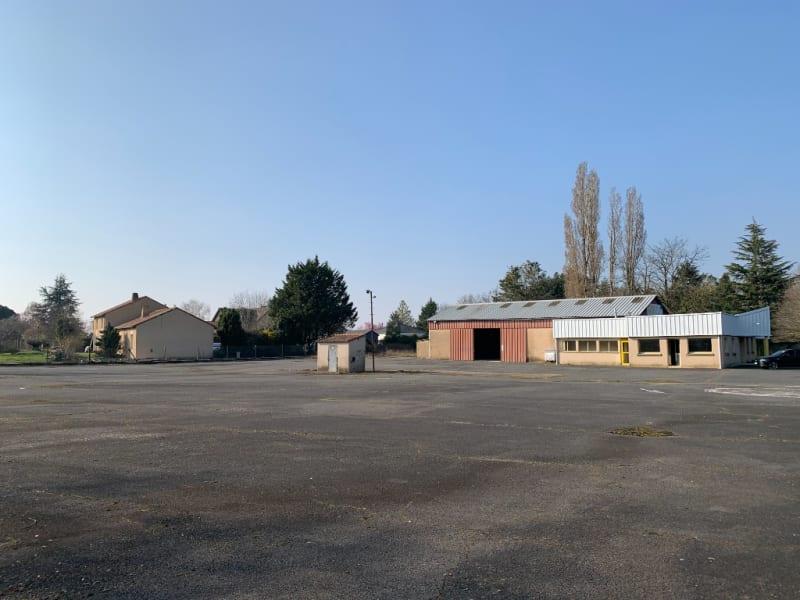 Sale building Vouneuil sous biard 630000€ - Picture 8