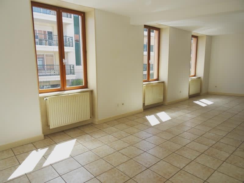 Location appartement Roanne 620€ CC - Photo 2