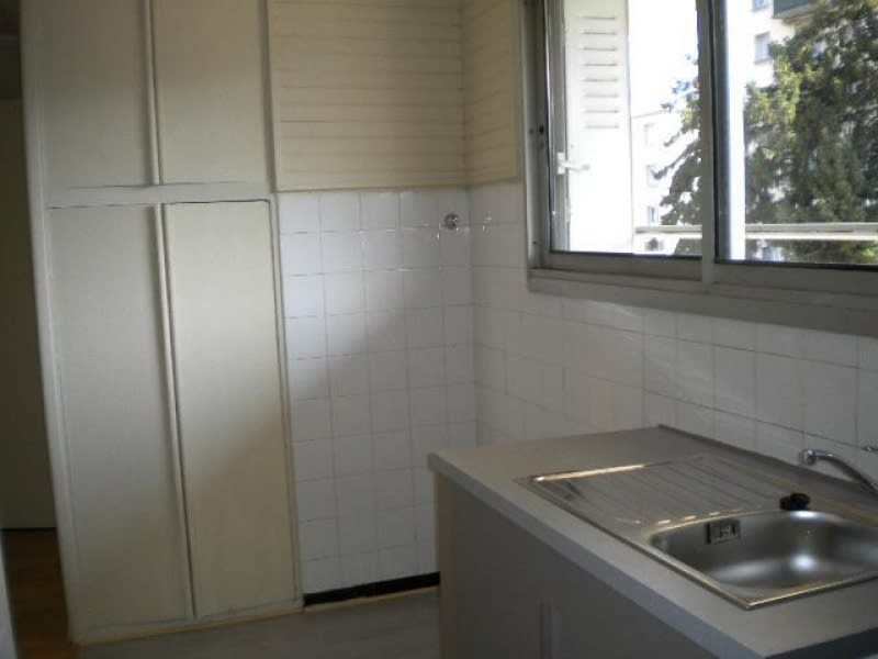Rental apartment Grenoble 459€ CC - Picture 1